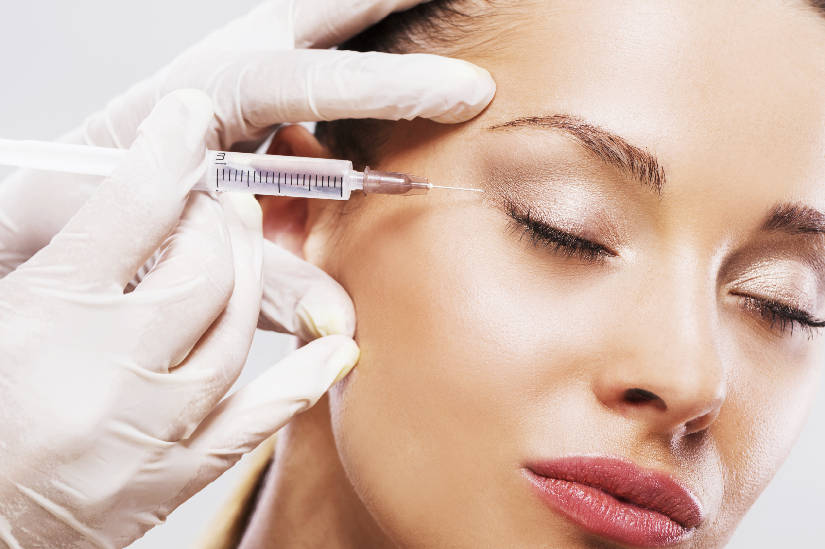 Facial Treatments – why is it important to use a qualified practitioner?